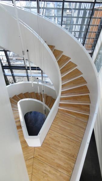 aethica_escalier4