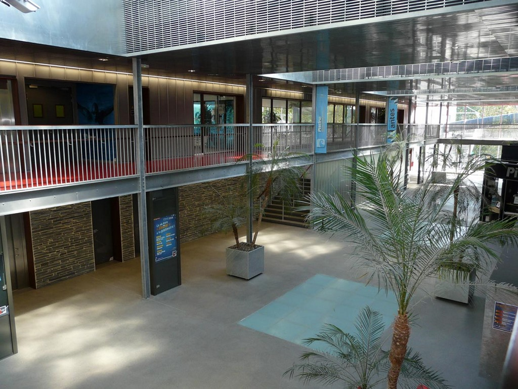 Centre de loisirs du petit port nantes fgeco for Piscine nantes petit port